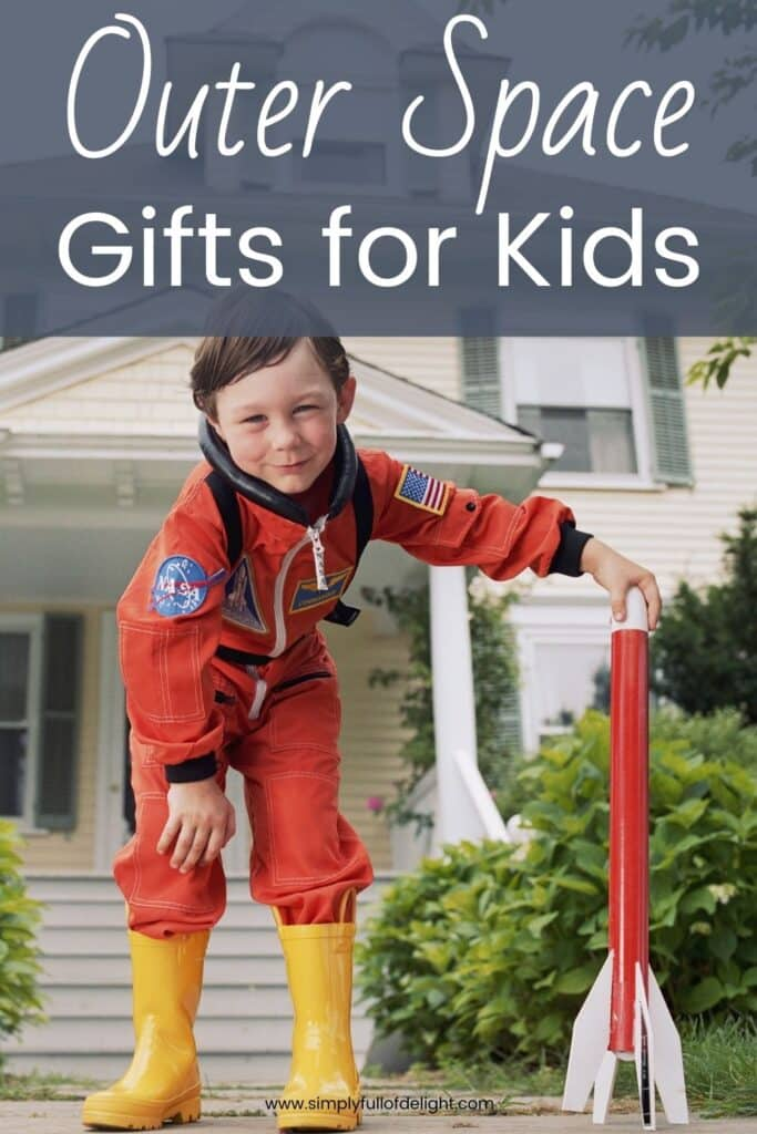 Outer Space Gifts for Kids - find amazing gift ideas for your space enthusiast.